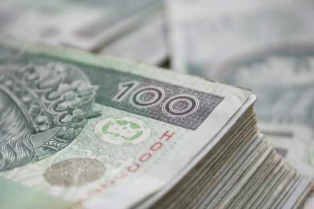 Kredyt konsolidacyjny w banku a w parabanku – jakie różnice?