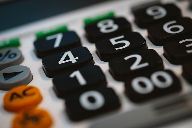 Jak korzystać z kalkulatorów kredytów konsolidacyjnych?