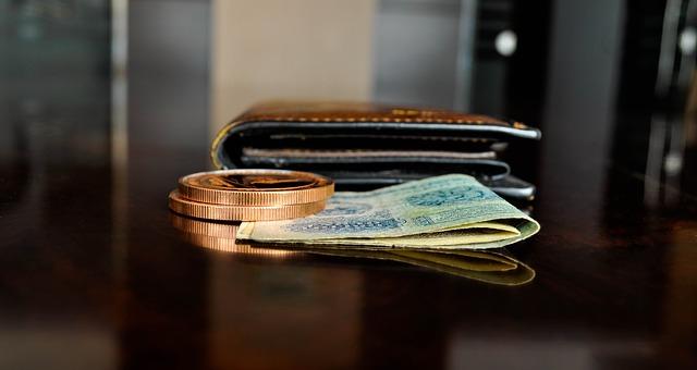 Kredyt konsolidacyjny na spłatę chwilówek – gdzie i jak się starać?