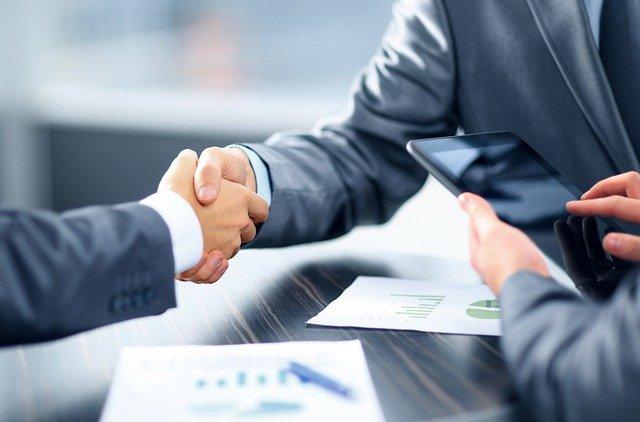 Gdzie zgłosić się po kredyt konsolidacyjny, aby szybko otrzymać gotówkę?